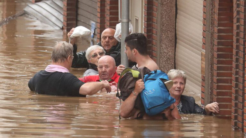 ANF | Belçika sular altında kaldı, iki ölü, bir kayıp